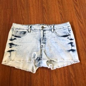Kardashian premium denim koourtney shorts